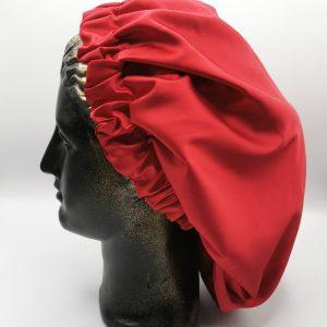 bonetă de păr roșie