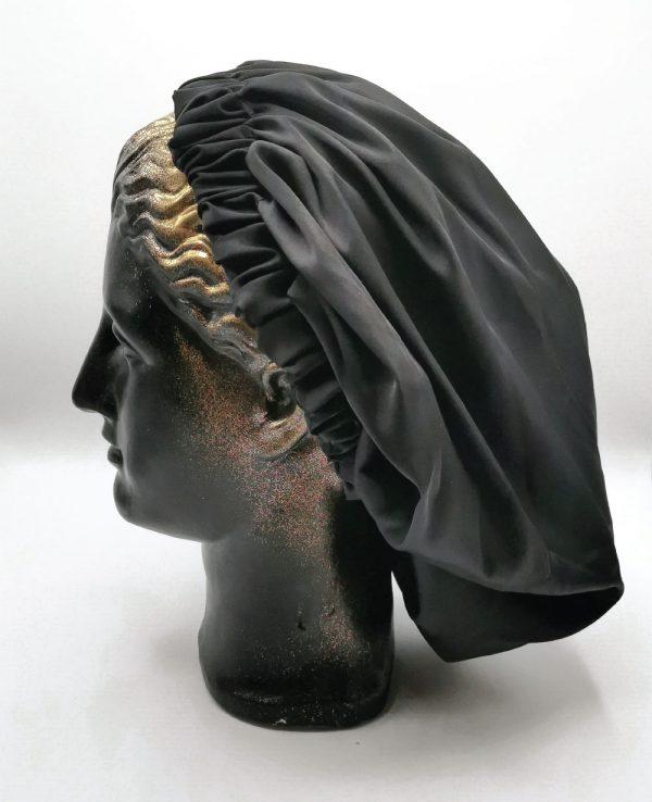 bonetă de păr neagră